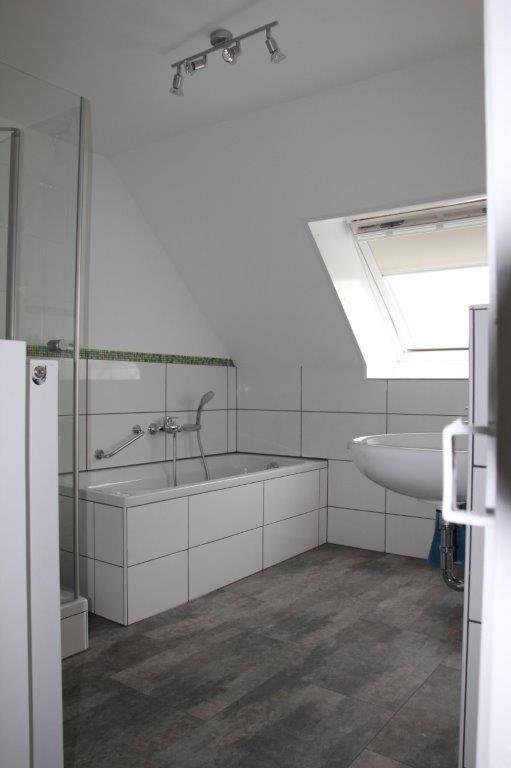 firma-walter-becker-galerie-badezimmer