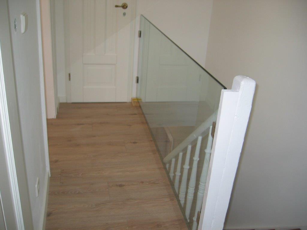 firma-walter-becker-galerie-treppe