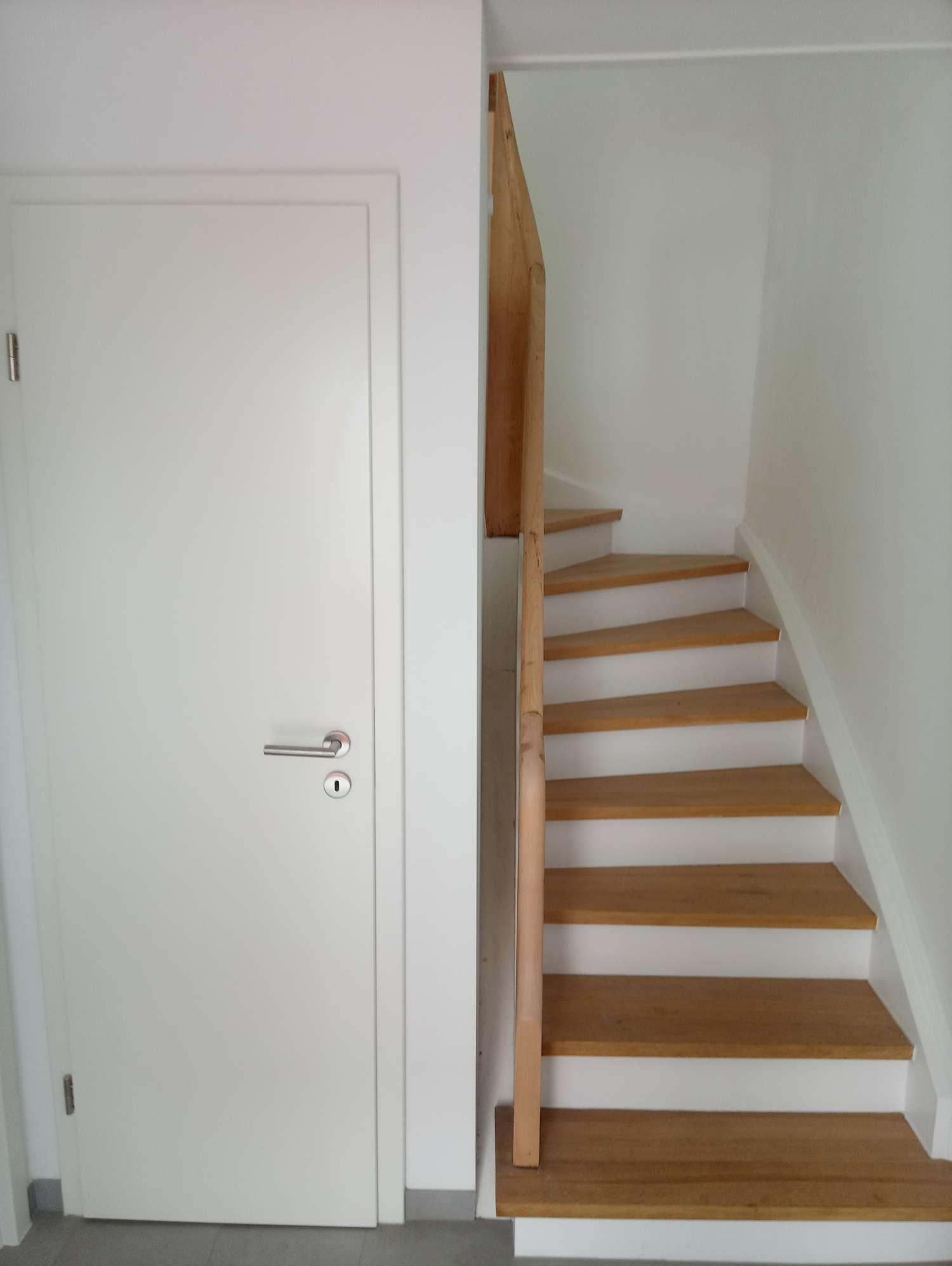 firma-walter-becker-galerie-treppe-2