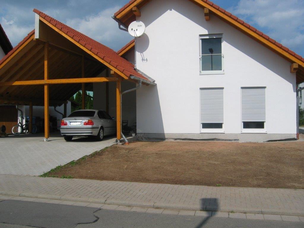 Carport und Fassade gestaltet von Firma Walter Becker