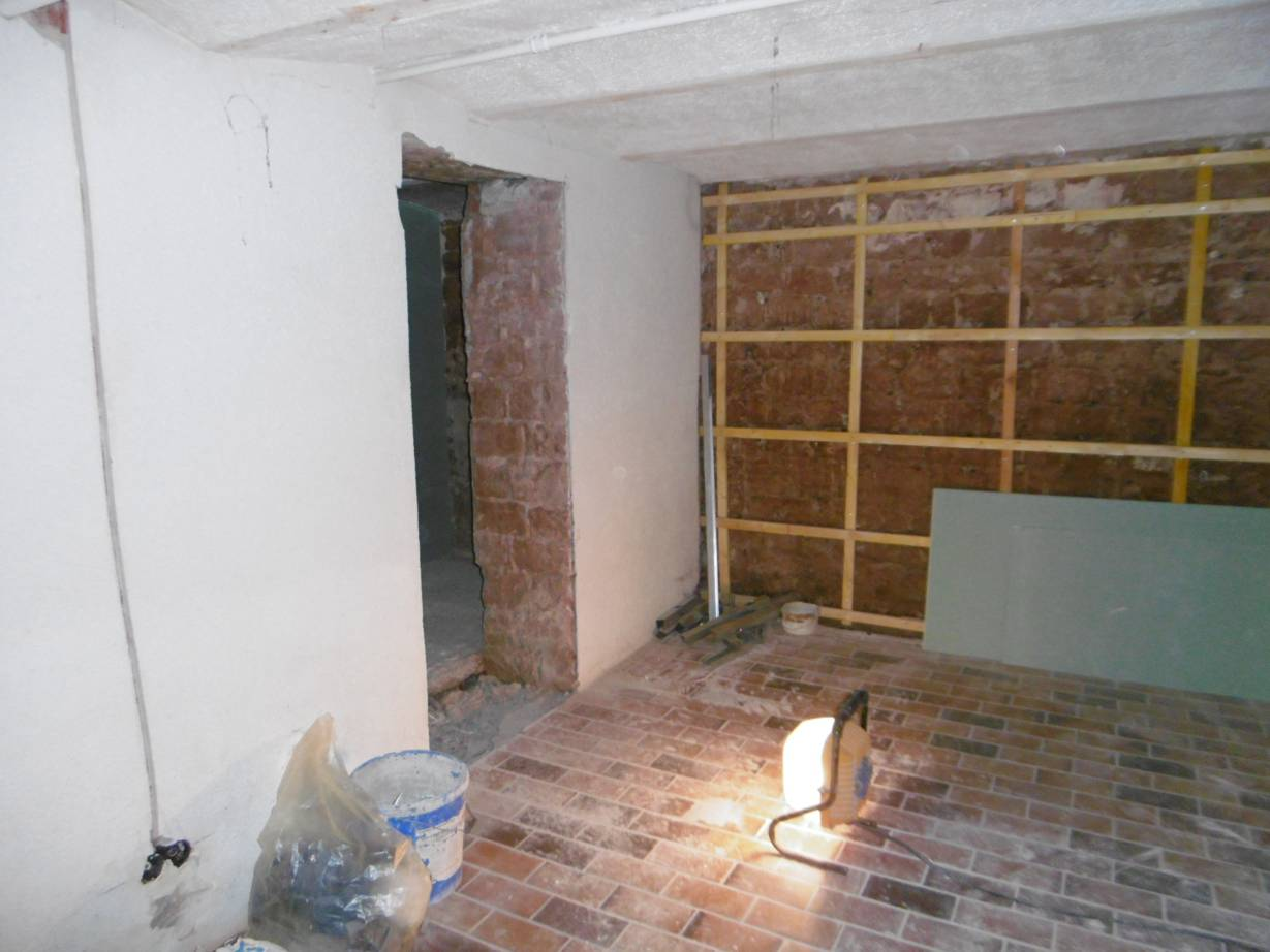 Ein Raum vor der Renovierung durch Firma Walter Becker