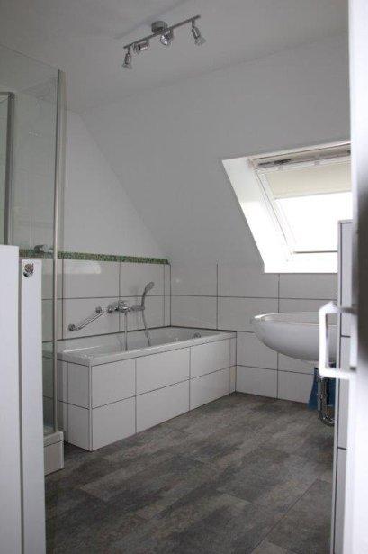firma-walter-becker-galerie-badezimmer-mobil